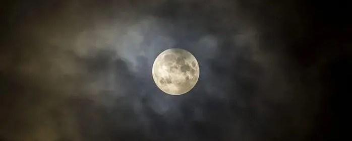 action pleine lune
