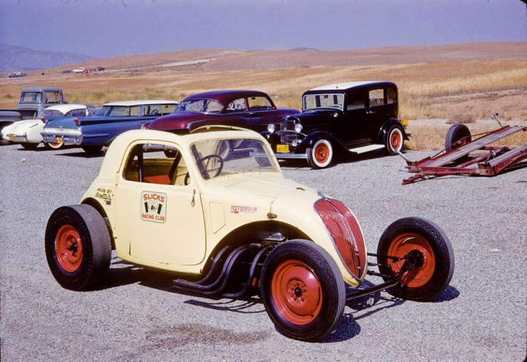 Slicks Racing Club Fiat Coupe and Larry Banker's '32 Fordor