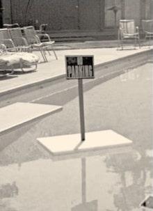 Mark Thomas Inn pool