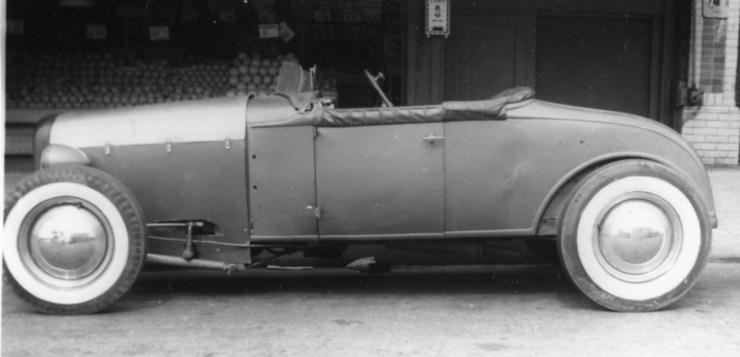 '30 Model A hot rod in 1945