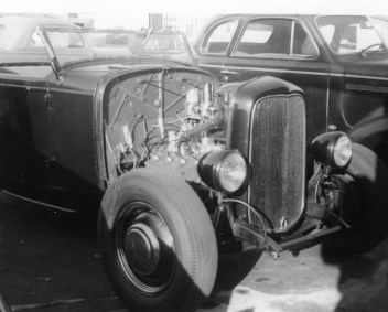 Deuce roadster hot rod in 1945