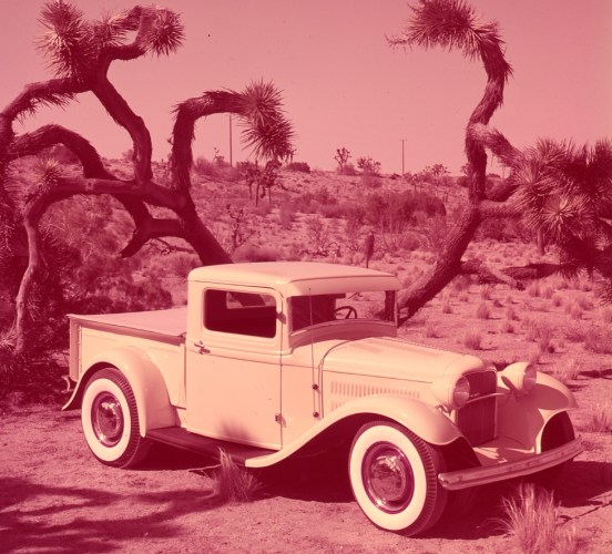 Roy Desbrow's chopped and channeled '32 pickup