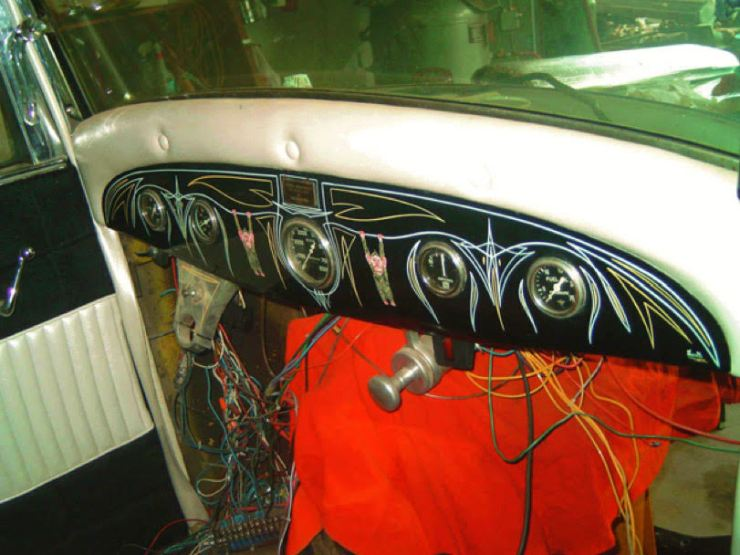 """George Sein's """"Flamer"""" '32 coupe dashboard"""