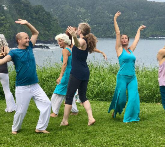 Tanzen, um die Azul-Spirale zu verkörpern