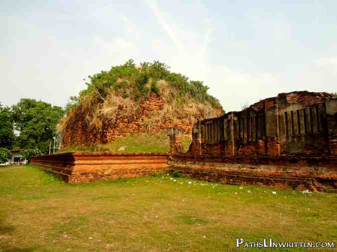 The base of some massive stupa behind the wiharn.