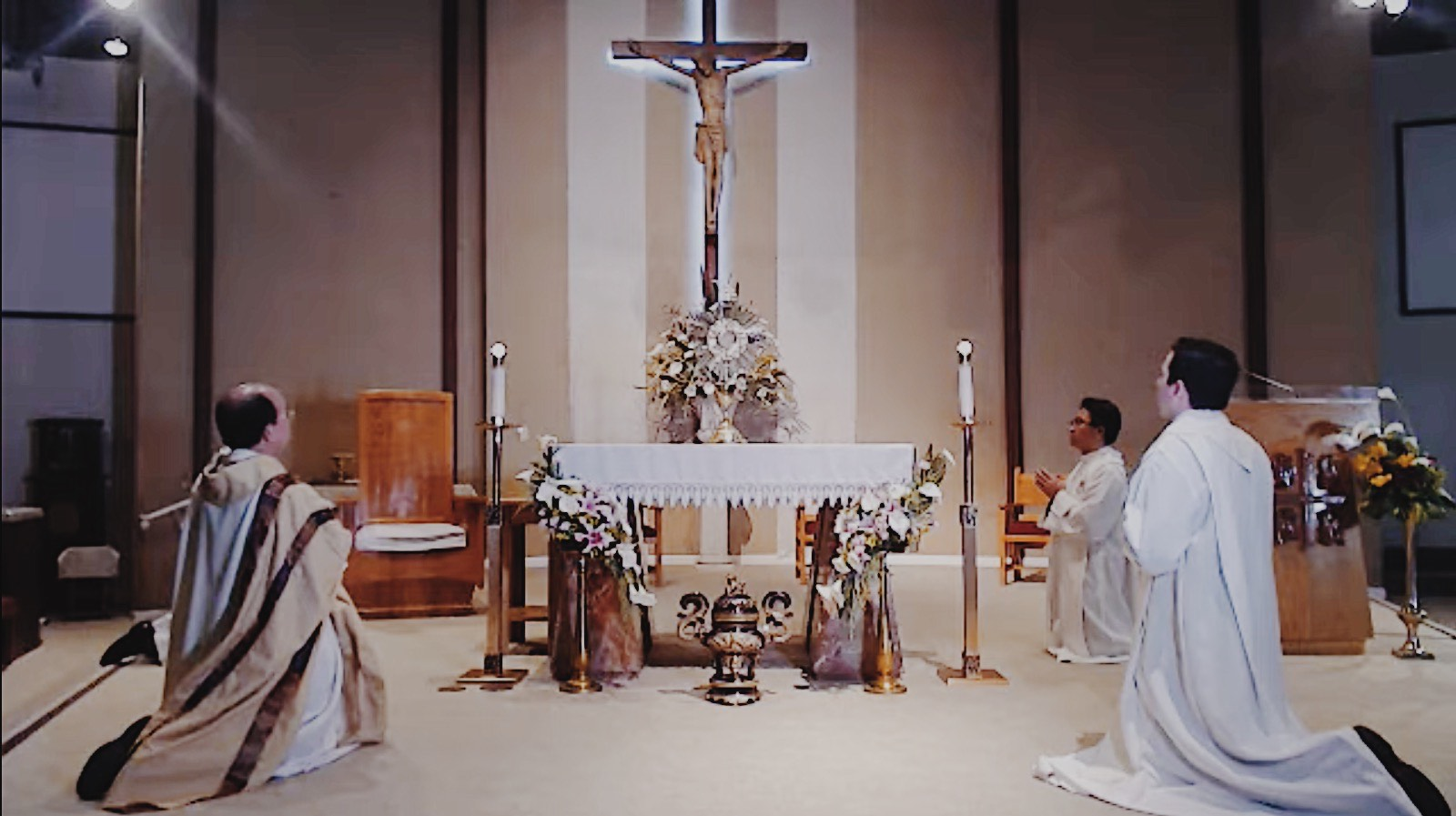 Holy Thursday Trilingual Mass (Livestream) at Most Holy Trinity Parish