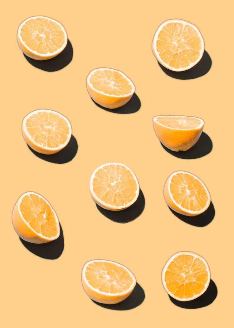 illustration of bright similar cut oranges