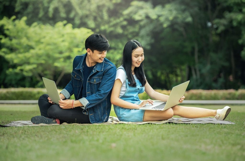 Internet Education Program Helps Teens Fight Juvenile Idiopathic Arthritis