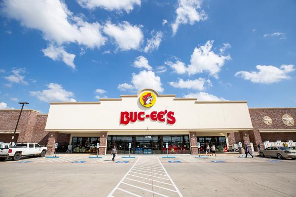 buc-ee's store front