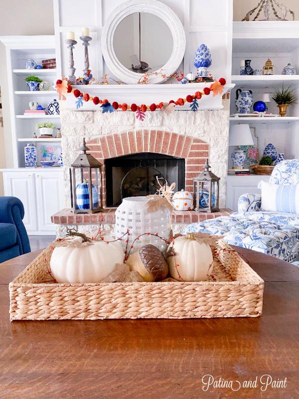 fall mantle, pumpkins