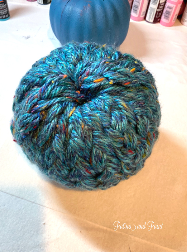 yarn wrapped pumpkin