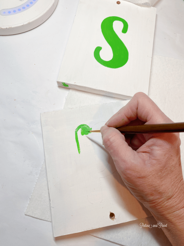 painting letters