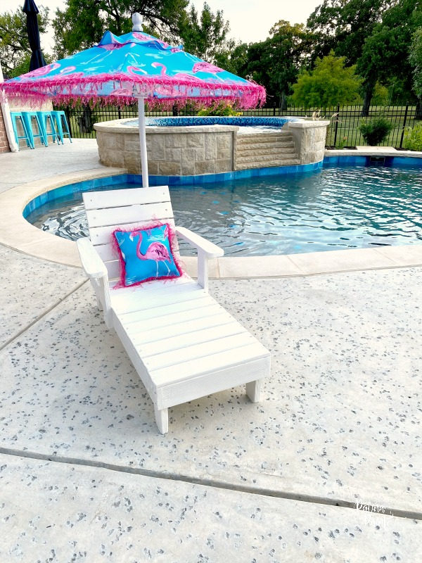 Children's Lounge Chair Makeover