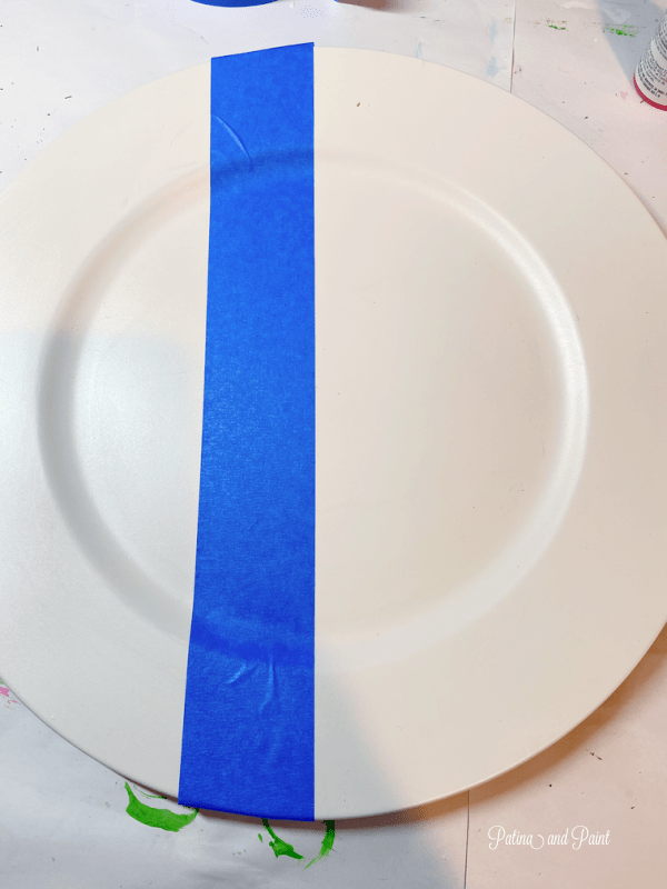 Taping a charger plate