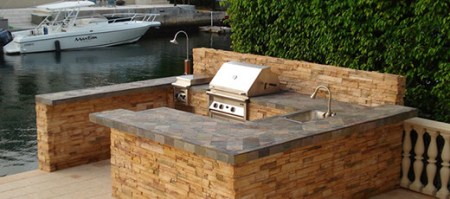 Home Outdoor Kitchen