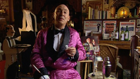 Tim Mckew performing as Noel Coward.