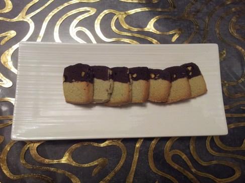 עוגיות קומותיים - פיסטוק שוקולד