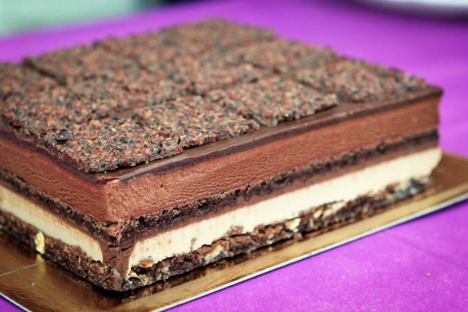 עוגת שוקולד - צבי אבידור