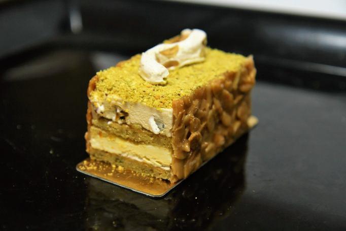 עוגה בהשראת איביזה של פייר הרמה על פי מתכון של ״פיית העוגיות״