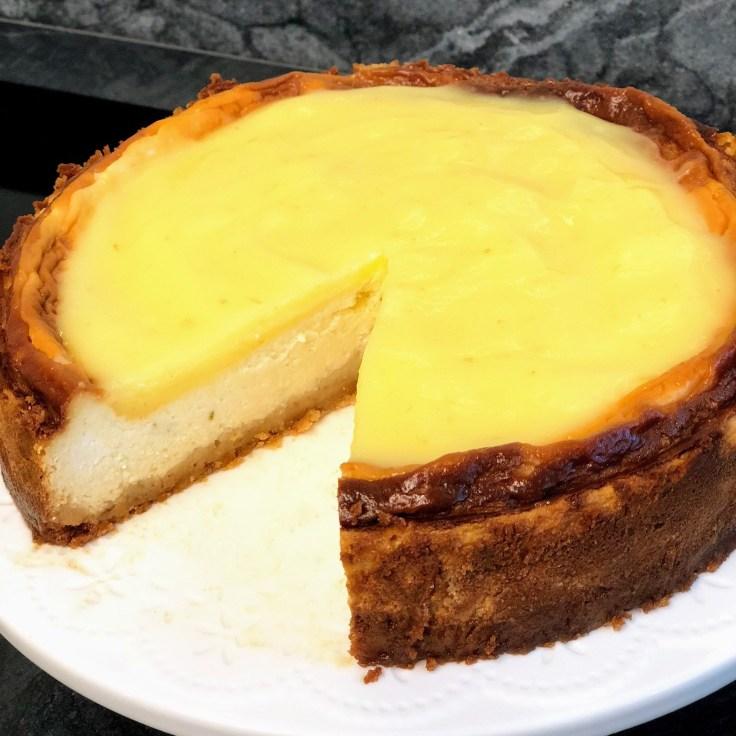 עוגת גבינה אפויה מסקרפונה לימון