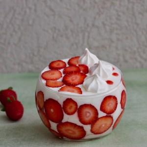 מֶרְבֵיֵה תותים בשמנת, Merveilleux