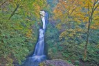 columbia gorge waterfall ls autumn
