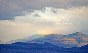 Approaching Storm from Lower Table Rock