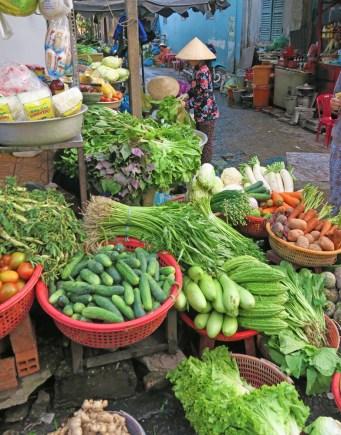 vietnamvegetable stand w womman