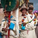 Cérémonie tibétaine sur la route de Lhassa, Tibet