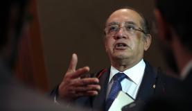 Brasília - O presidente do Tribunal Superior Eleitoral (TSE), ministro Gilmar Mendes, participa de sessão plenária para julgamento de diversos processos. (José Cruz/Agência Brasil)