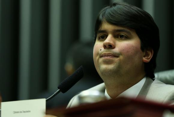 Brasília - Deputado André Fufuca preside sessão deliberativa extraordinária, no plenário da Câmara dos Deputados (Marcelo Camargo/Agência Brasil)