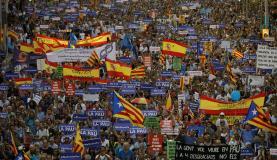 Barcelona - Manifestação contra os atentados na Catalunha reuniu 500 mil pessoas (EFE/Alberto Estévez)
