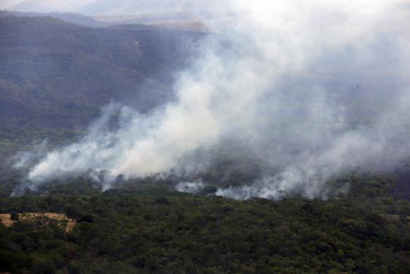 Alto Paraíso de Goiás (GO) - Fotos aéreas da queimada do Parque Nacional da Chapada dos Veadeiros (Valter Campanato/Agência Brasil)
