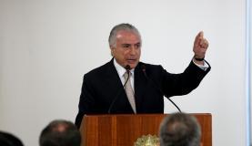 Brasília - O presidente Michel Temer discursa durante cerimônia de sanção da MP 789/2017, que altera alíquotas sobre exploração de recursos naturais (Wilson Dias/Agência Brasil)