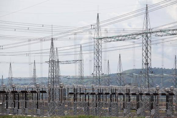 Ibiraci (MG) - O ministro Moreira Franco participa da inauguração da linha de transmissão de energia que liga a Hidrelétrica de Belo Monte ao Sudeste do País. A construção do linhão é parte do Agora, é Avança