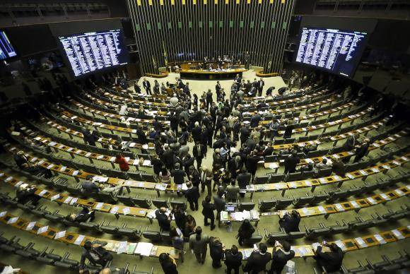 Brasília - O Congresso Nacional analisa e vota cinco vetos presidenciais que trancam a pauta (Marcelo Camargo/Agência Brasil)