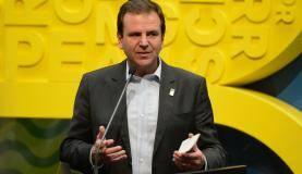 Rio de Janeiro - O prefeito Eduardo Paes fala na cerimônia de abertura da Casa Brasil no Pier Mauá, na zona portuária do Rio (Tomaz Silva/Agência Brasil)