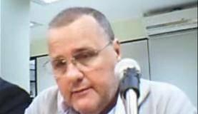 O ex-ministro Geddel Vieira Lima é ouvido pelo juiz Vallisney Oliveira durante audiência de custódia (Reprodução/Justiça Federal)