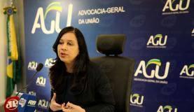 Grace fala também da mediação da AGU no recente acordo coletivo firmado entre bancos e poupadores