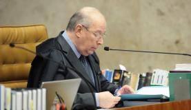 Ministro Celso de Mello durante julgamento do habeas corpus do ex-presidente Lula