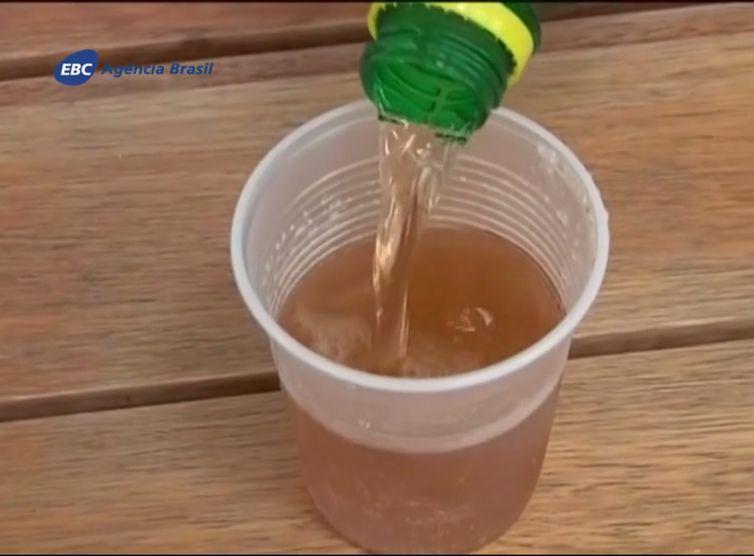 Consumo de refrigerante aumentou 92% na população rural, diz IBGE