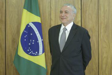 O presidente Michel Temer recebe credenciais de novos embaixadores