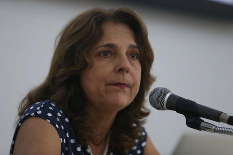 Brasília - A reitora da Universidade de Brasília (UnB), Márcia Abrahão, fala sobre o déficit orçamentário da UnB previsto para este ano (Valter Campanato/Agência Brasil)
