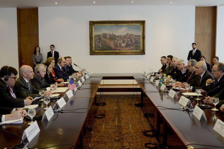 O secretário-geral das Relações Exteriores, embaixador Marcos Galvão e o vice-secretário de Estado dos EUA, John J. Sullivan participam de solenidade de lançamento do Foro Permanente de Segurança Brasil-Estados Unidos.
