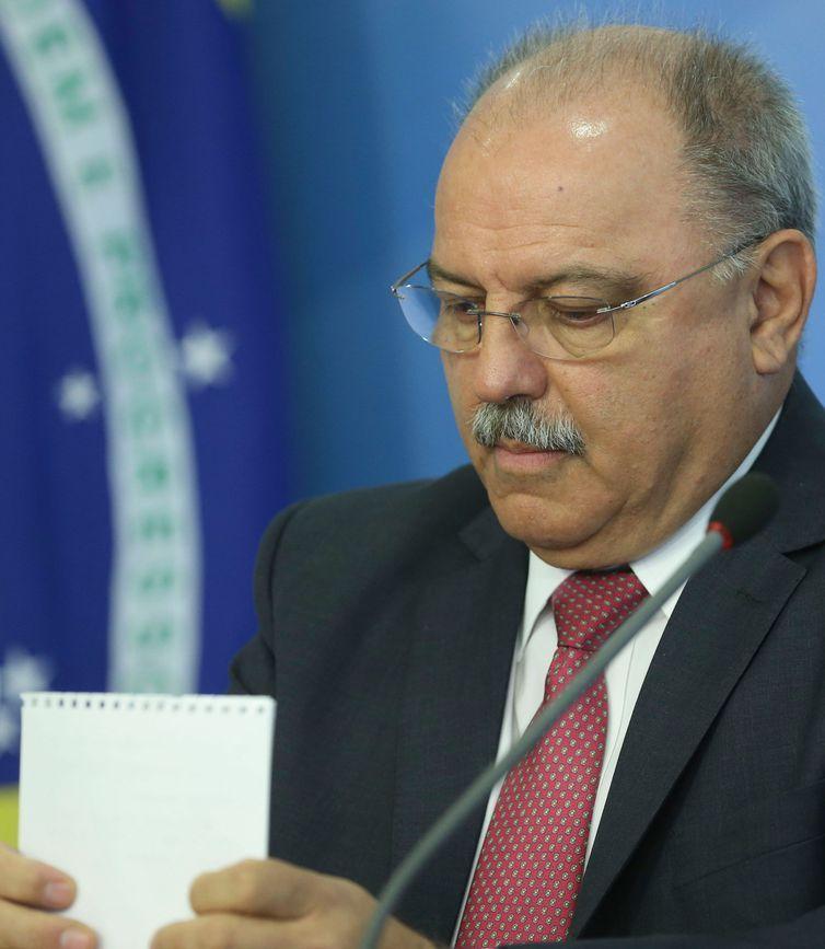 O ministro Sérgio Etchegoyen, durante entrevista coletiva no Palácio do Planalto.