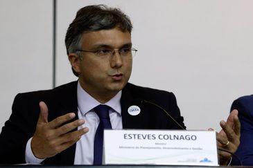 Brasília - O ministro do Planejamento, Esteves Colnago, divulga resultados preliminares de políticas públicas sociais (Valter Campanato/Agência Brasil)
