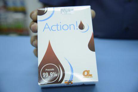 Rio de Janeiro - Embalagem do autoteste para detecção rápida do vírus HIV vendido em farmácias (Tomaz Silva/Agência Brasil)