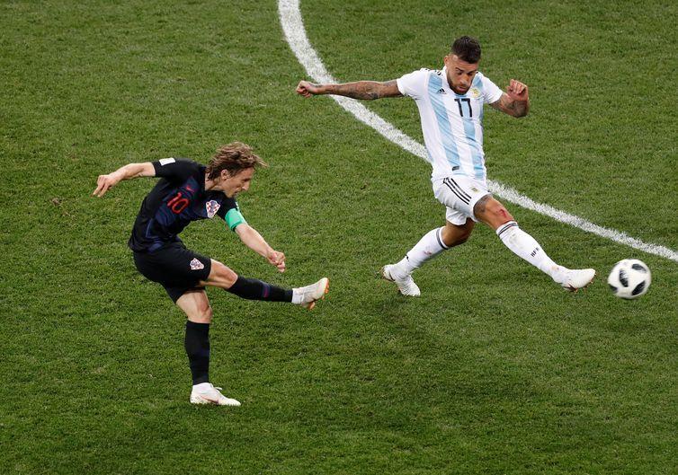 Copa 2018: Argentina e Croácia. Luka Modric, da Croácia, marca o segundo gol da equipe.