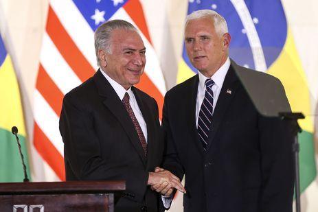 O presidente Michel Temer e o vice-presidente do EUA, Mike Pence, durante declaração à imprensa, no Palácio Itamaraty.