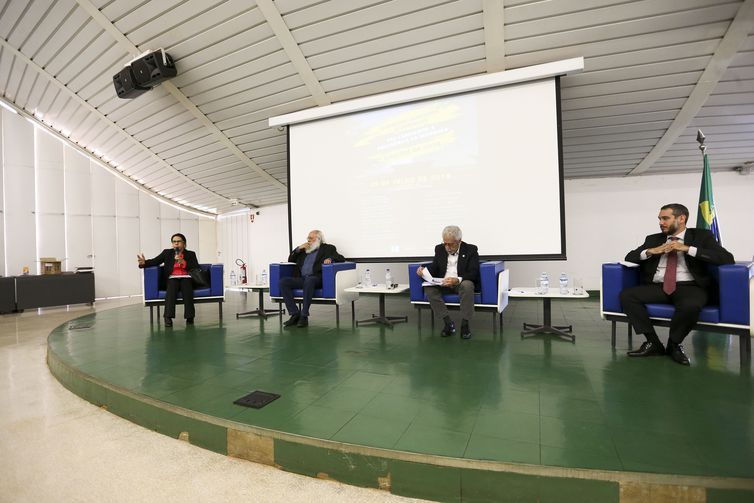 Assessores econômicos de pré-candidatos à Presidência da República nas eleições de 2018 participam de encontro, na Universidade de Brasília (UnB), para debater o programa econômico de cada candidatura.